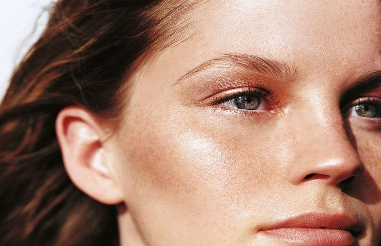Καθαρισμός προσώπου: Όλα τα μυστικά για ένα αψεγάδιαστο δέρμα!